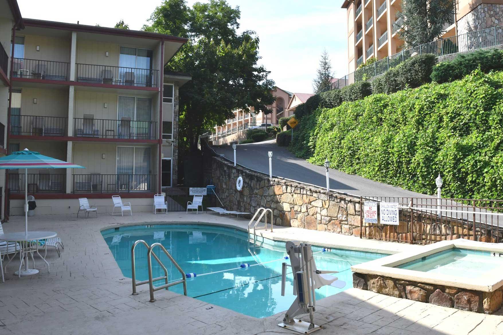 outdoor swimming pool at Reagan Inn Gatlinburg Tn